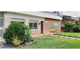 https://www.gallito.com.uy/espectacular-casa-en-carrasco-inmuebles-19552353