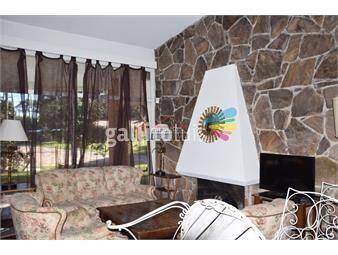 https://www.gallito.com.uy/casa-en-lugano-4-dormitorios-inmuebles-19583315