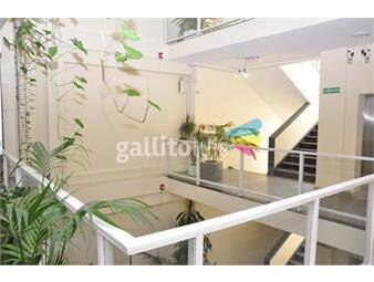https://www.gallito.com.uy/importante-edificio-para-entrar-sobre-peatonal-sarandi-inmuebles-19595846