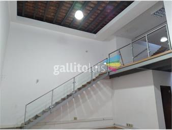 https://www.gallito.com.uy/sarandi-esq-misiones-inmuebles-19603815