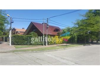 https://www.gallito.com.uy/excelente-casa-prox-a-lawn-tennis-inmuebles-19604444