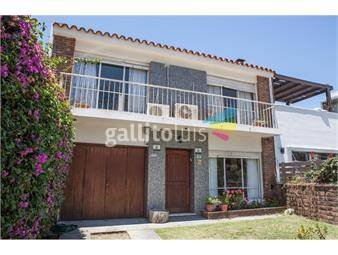 https://www.gallito.com.uy/venta-casa-carrasco-3-dorm-2-baños-garaje-patio-inmuebles-18838828