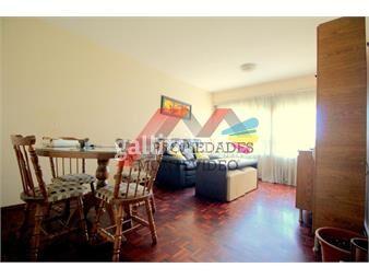 https://www.gallito.com.uy/apartamento-en-alquiler-2-dormitorios-amoblado-la-b-inmuebles-19617144