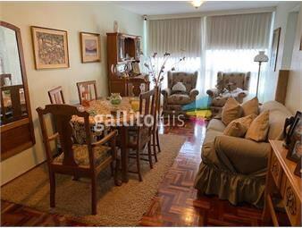https://www.gallito.com.uy/casatroja-venta-apartamento-en-pocitos-impecable-inmuebles-19192875