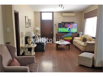 https://www.gallito.com.uy/casa-en-venta-en-parque-batlle-3-dormitorios-2-b-inmuebles-19624948