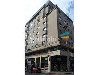 https://www.gallito.com.uy/penthose-de-3-dormitorios-en-ciudad-vieja-inmuebles-19641770