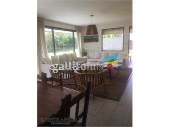 https://www.gallito.com.uy/casa-en-alquiler-altos-de-la-tahona-3-dormitorios-2-baãos-inmuebles-19283110