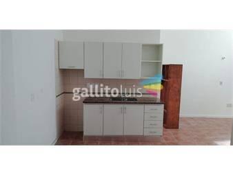 https://www.gallito.com.uy/apartamento-luminoso-en-prado-con-garaje-color-loft-005-inmuebles-19666996