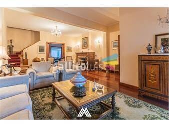 https://www.gallito.com.uy/venta-casa-4-dormitorios-3-baños-patio-y-garaje-inmuebles-19688650