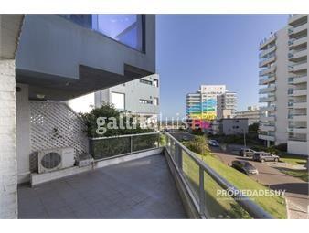 https://www.gallito.com.uy/venta-departamento-amplio-y-bien-ubicado-inmuebles-19647441