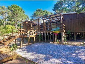https://www.gallito.com.uy/casa-2-dormitorios-en-punta-ballena-maldonado-inmuebles-19698068