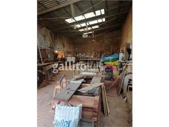 https://www.gallito.com.uy/js-local-industrial-y-casa-en-cerrito-inmuebles-18924784