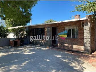 https://www.gallito.com.uy/muy-linda-casa-reciclada-3-dorm-apto-al-fondo-patio-inmuebles-19167979