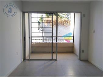 https://www.gallito.com.uy/apartamento-en-alquiler-inmuebles-19707459