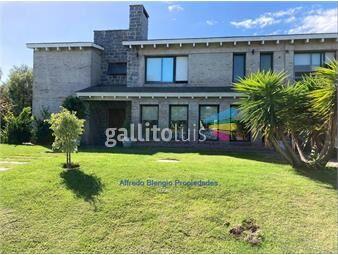 https://www.gallito.com.uy/casa-alquiler-altos-tahona-4-dormitorios-con-o-sin-muebles-inmuebles-19688651