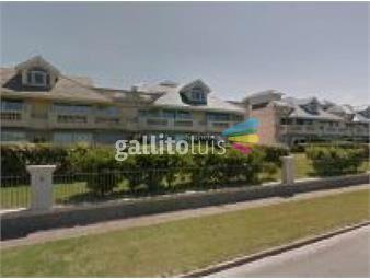 https://www.gallito.com.uy/excelente-apartamento-frente-al-mar-inmuebles-19723638
