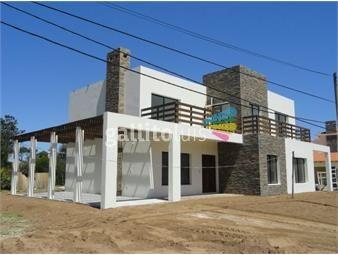 https://www.gallito.com.uy/venta-a-estrenar-gran-terreno-inmejorable-ubicacion-inmuebles-14246247
