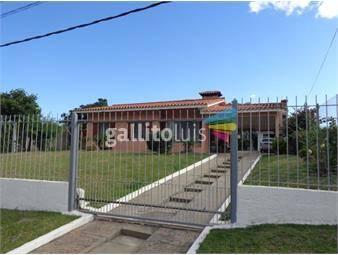https://www.gallito.com.uy/venta-inmejorable-ubicacion-a-dos-de-la-playa-inmuebles-19103398