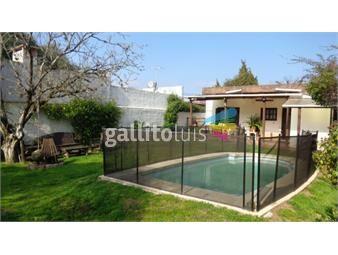 https://www.gallito.com.uy/venta-preciosa-ubicacion-y-buena-casa-con-piscina-inmuebles-18245539