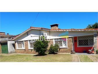 https://www.gallito.com.uy/venta-chalet-lagomar-sur-con-monoambiente-inmuebles-19708125