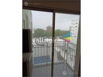 https://www.gallito.com.uy/apto-centro-piso-6-contrafrente-balcon-doble-gge-gc-inmuebles-19289603
