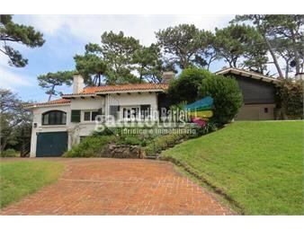 https://www.gallito.com.uy/residencia-con-gran-terreno-en-san-rafael-inmuebles-19514088