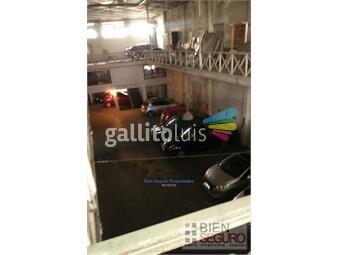 https://www.gallito.com.uy/terreno-con-2047-m2-de-superficie-casa-local-oficina-y-p-inmuebles-19777670