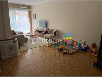 https://www.gallito.com.uy/casatroja-venta-apartamento-pocitos-3-dormitorios-con-patio-inmuebles-19610878