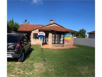 https://www.gallito.com.uy/venta-casa-araminda-cpiscina-a-200m-de-la-playa-inmuebles-19479323