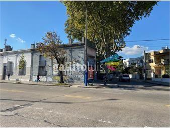 https://www.gallito.com.uy/oficina-sosa-gran-propiedad-esquina-casa-y-local-sobre-mi-inmuebles-19665212