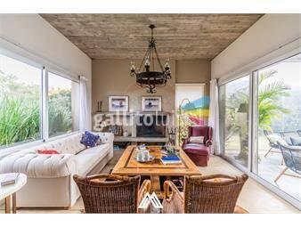https://www.gallito.com.uy/venta-casa-altos-de-la-tahona-3-dorm-escritorio-inmuebles-20059853
