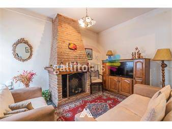 https://www.gallito.com.uy/venta-casa-belvedere-2dor-barbacoa-garaje-fondo-inmuebles-19552405