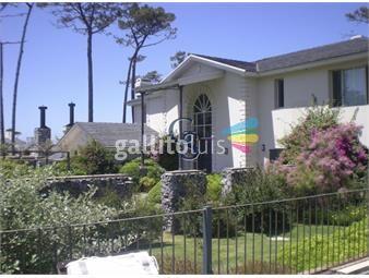 https://www.gallito.com.uy/casa-en-mansa-8-dormitorios-inmuebles-18265565