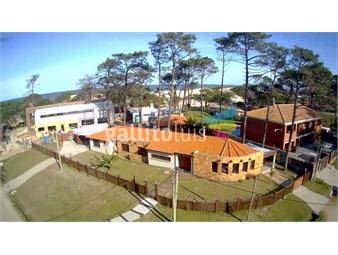 https://www.gallito.com.uy/venta-en-el-pinar-casi-la-playa-inmuebles-20072733