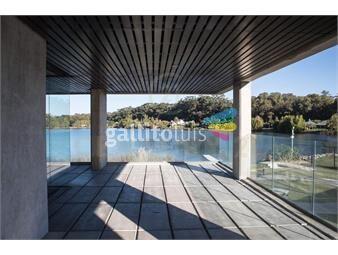 https://www.gallito.com.uy/excelente-apartamento-de-3-dormitorios-con-jardin-parri-inmuebles-19686688