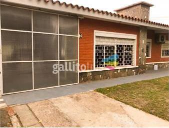 https://www.gallito.com.uy/venta-casa-el-pinar-cuatro-dormitorios-inmuebles-19558915