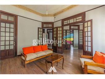 https://www.gallito.com.uy/venta-de-casa-en-parque-rodo-de-estilo-inmuebles-18874598