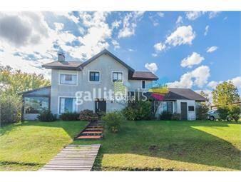 https://www.gallito.com.uy/casa-4-dormitorios-lomas-la-tahona-barrio-privado-broke-inmuebles-18086490