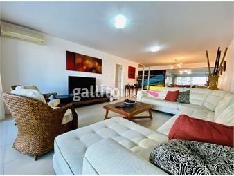 https://www.gallito.com.uy/venta-de-apartamento-3-dormitorios-playa-brava-ref-4021-inmuebles-20157539