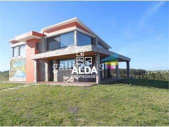 https://www.gallito.com.uy/casa-en-laderas-cerro-pan-de-azucar-chacra-anacahuita-inmuebles-14718720