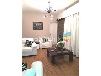 https://www.gallito.com.uy/impecable-casa-con-barbacoa-en-planta-alta-inmuebles-20236275