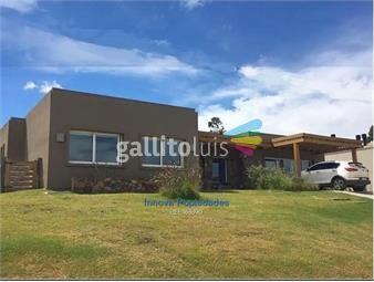 https://www.gallito.com.uy/venta-casa-de-3-dorms-serv-en-mirador-de-la-tahona-inmuebles-20296580