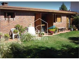 https://www.gallito.com.uy/casa-doble-pared-de-ladrillos-tres-dormitorios-inmuebles-20380152