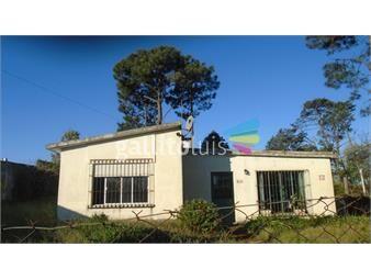https://www.gallito.com.uy/venta-casa-con-amplio-terreno-inmuebles-20470864