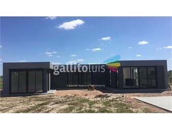 https://www.gallito.com.uy/venta-casa-barrio-privado-inmuebles-12934861