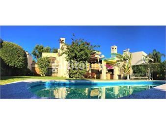 https://www.gallito.com.uy/casa-4-dormitorios-a-metros-de-la-rambla-inmuebles-12891556