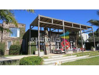 https://www.gallito.com.uy/espectacular-casa-de-8-has-con-140-mts-de-costa-al-mar-inmuebles-16140524